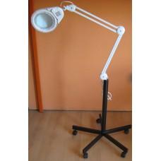 622. Nagyítós lámpa talppal LED-es